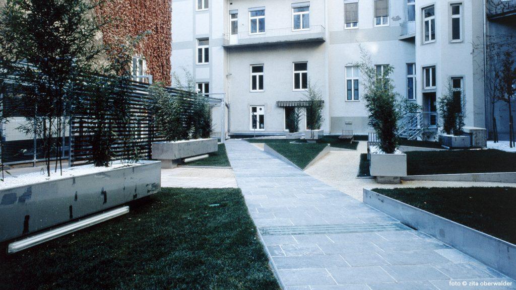 Innenhof Merkur Versicherung Generaldirektion Graz